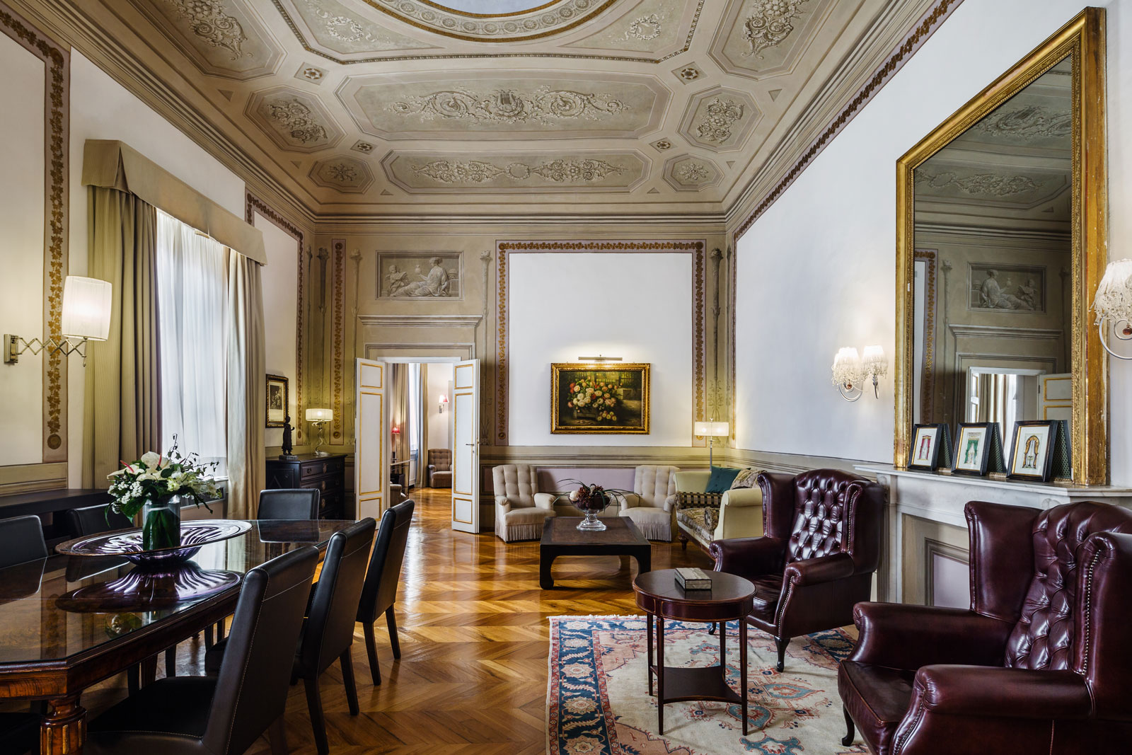 Living room of the Da Verrazzano Suite of the Relais Santa Croce in Florence