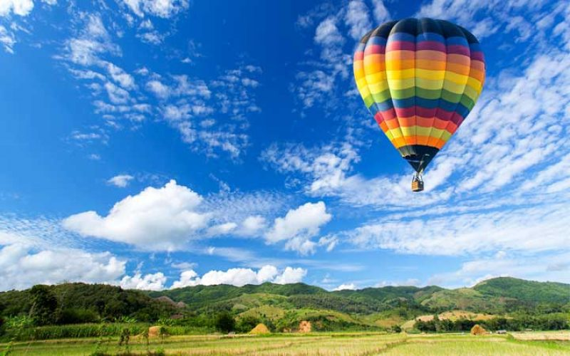 romantic hot air balloon