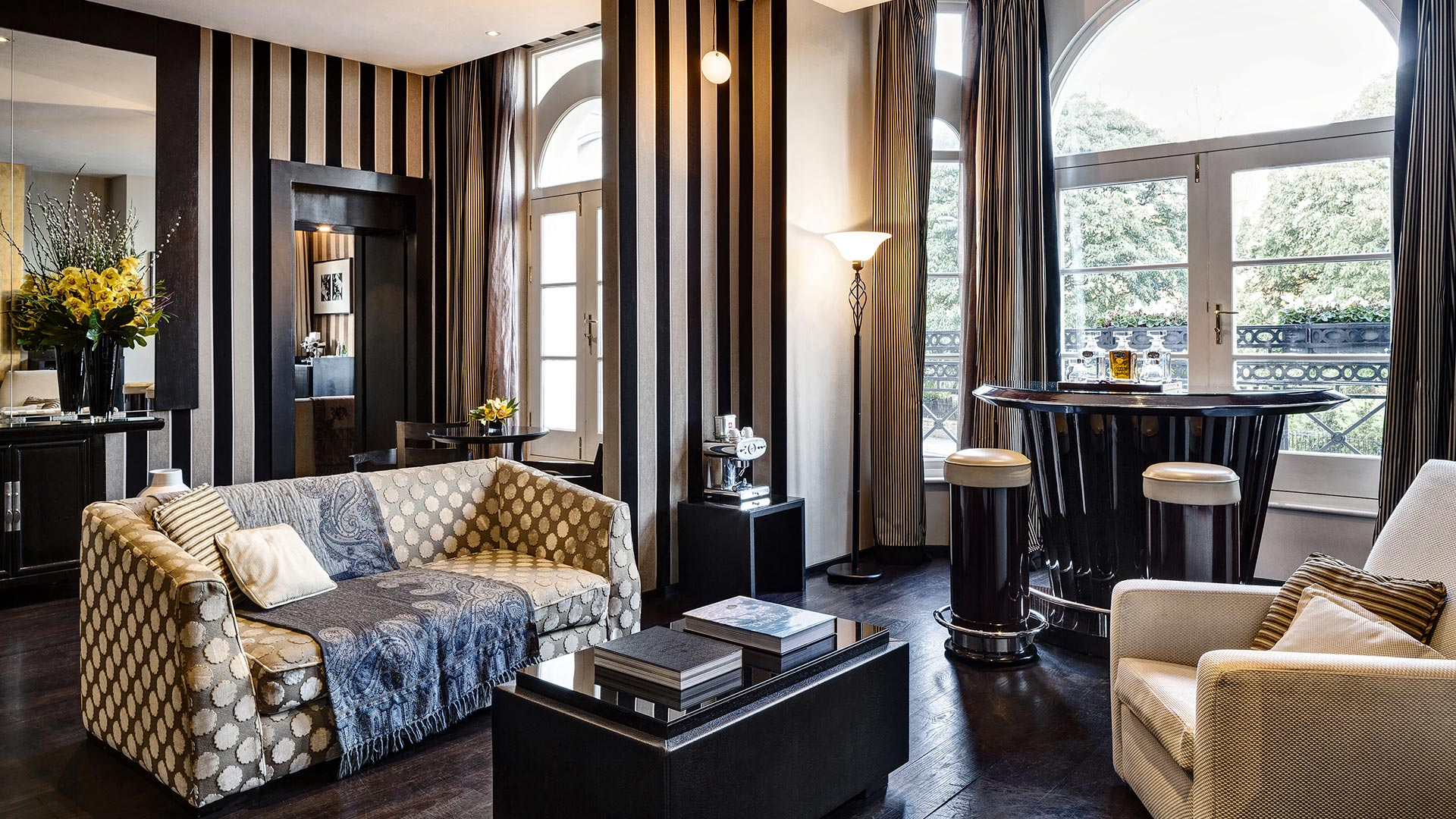 Suite overlooking Kensington Gardens Baglioni Hotel London