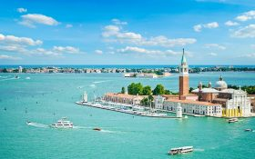 Boat tour through Venice lagoon